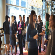 Women networking - 2